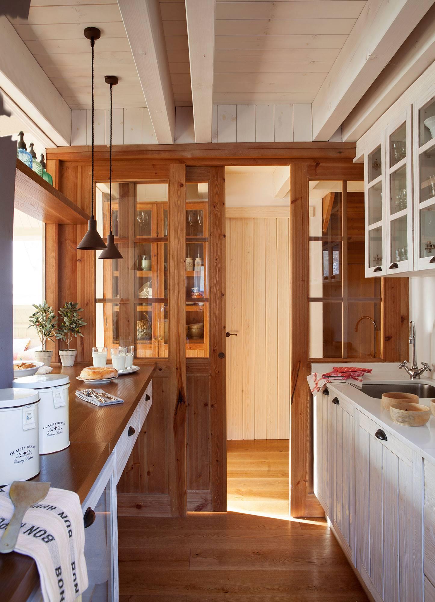 Cocina con puerta de cristal cocinas en 2019 puertas - Puerta corredera cristal barata ...