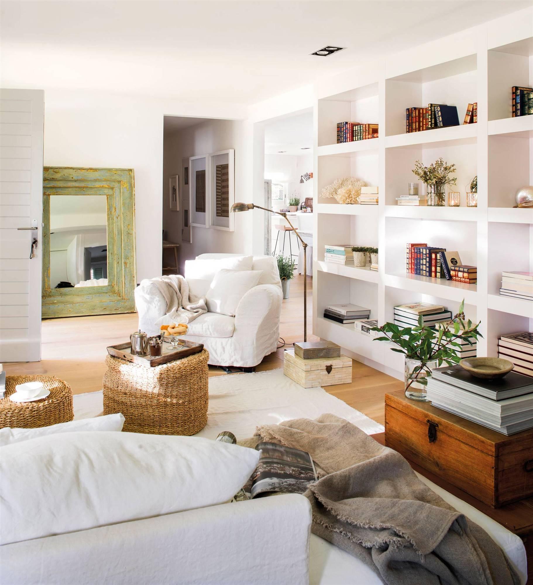 Muebles Lacados Blanco Para Salon.Librerias Practicas Para El Salon