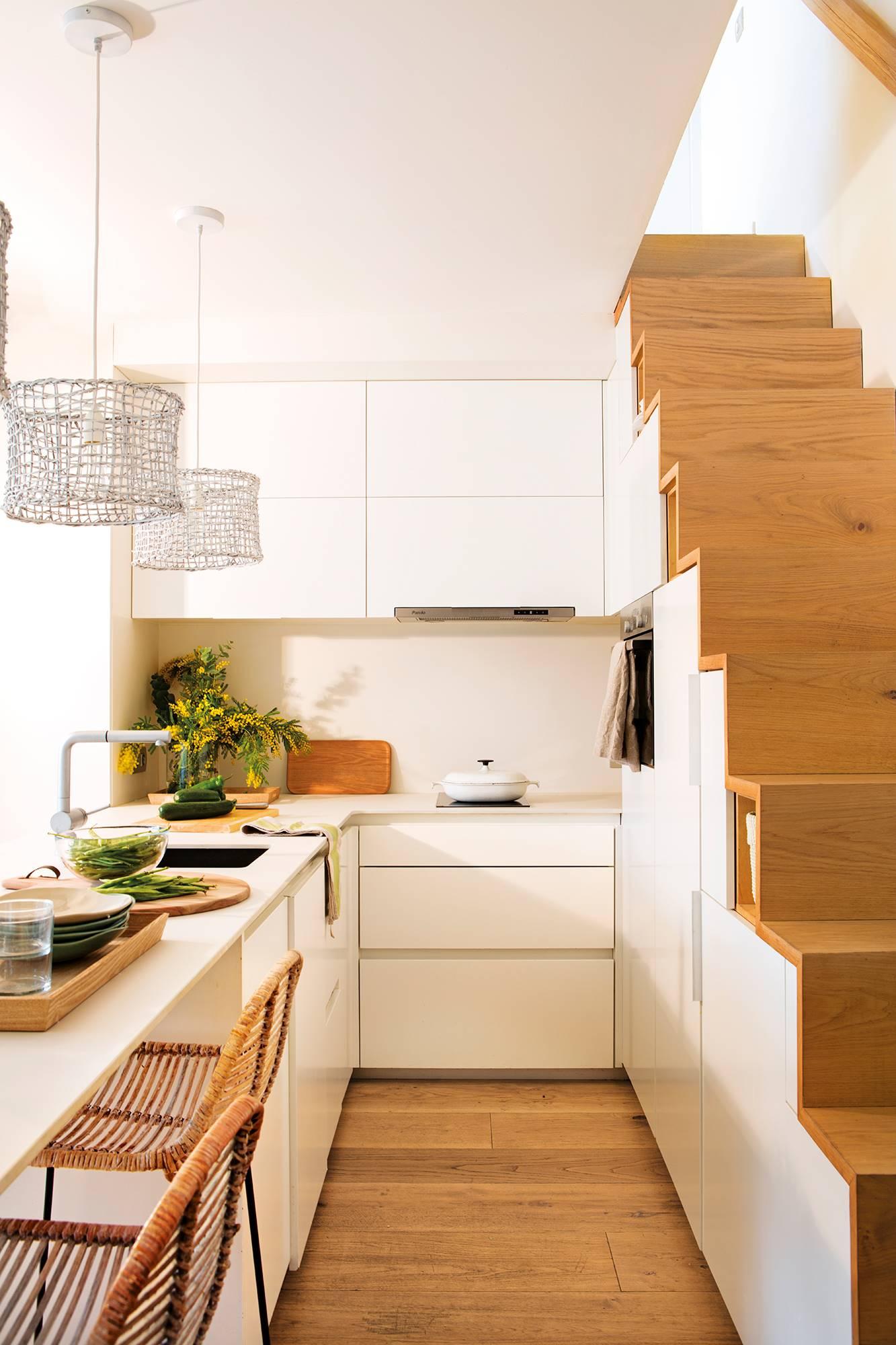 50 espacios bien aprovechados soluciones para casas peque as for Mueble de cocina con pileta