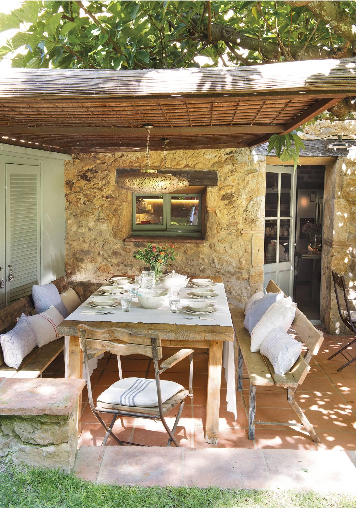 Una casa r stica hecha en pinterest for Jardines con estilo