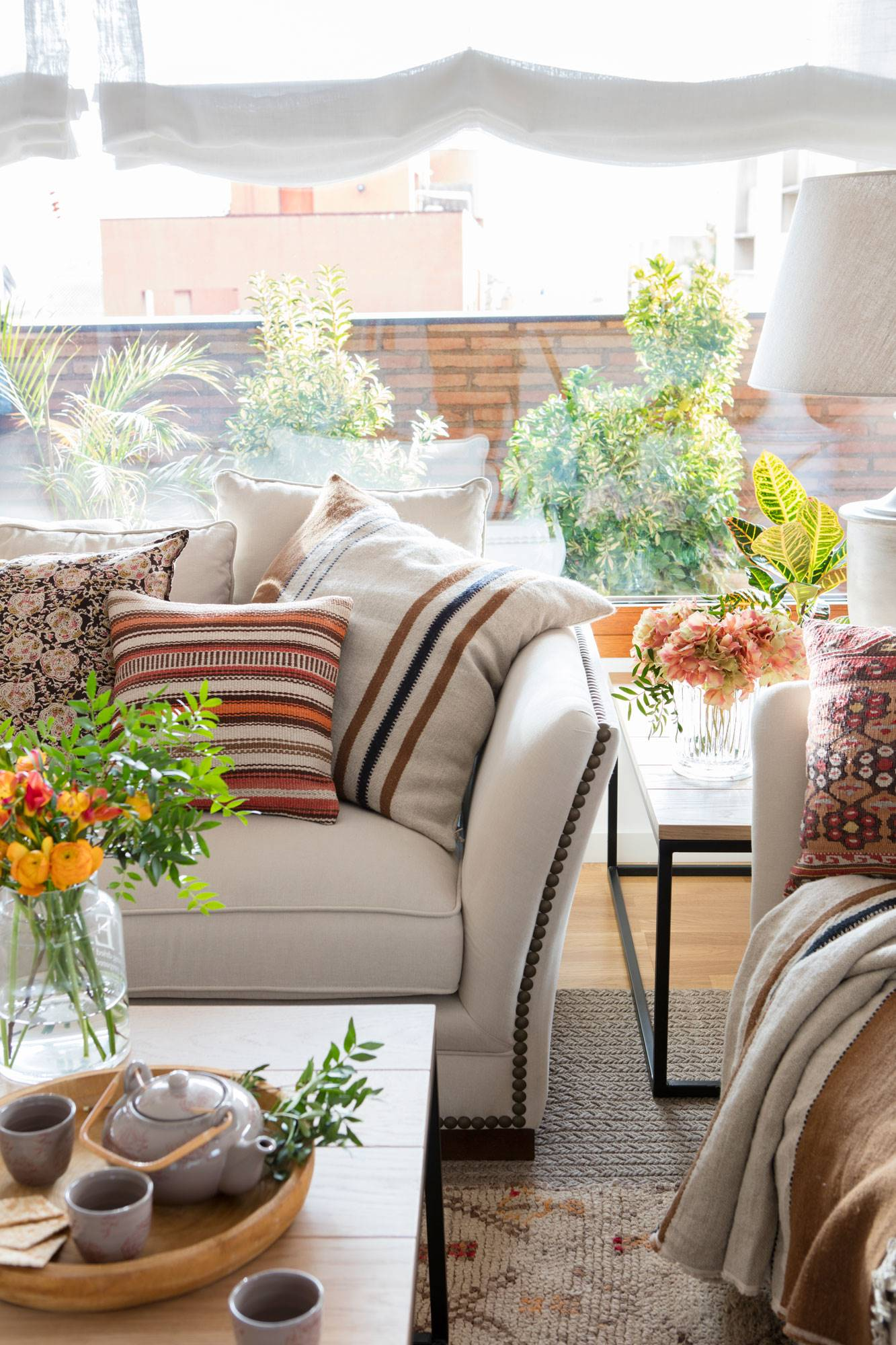 Cu nto cuesta tapizar una silla un sof un cabecero y - Cuanto cuesta tapizar una butaca ...