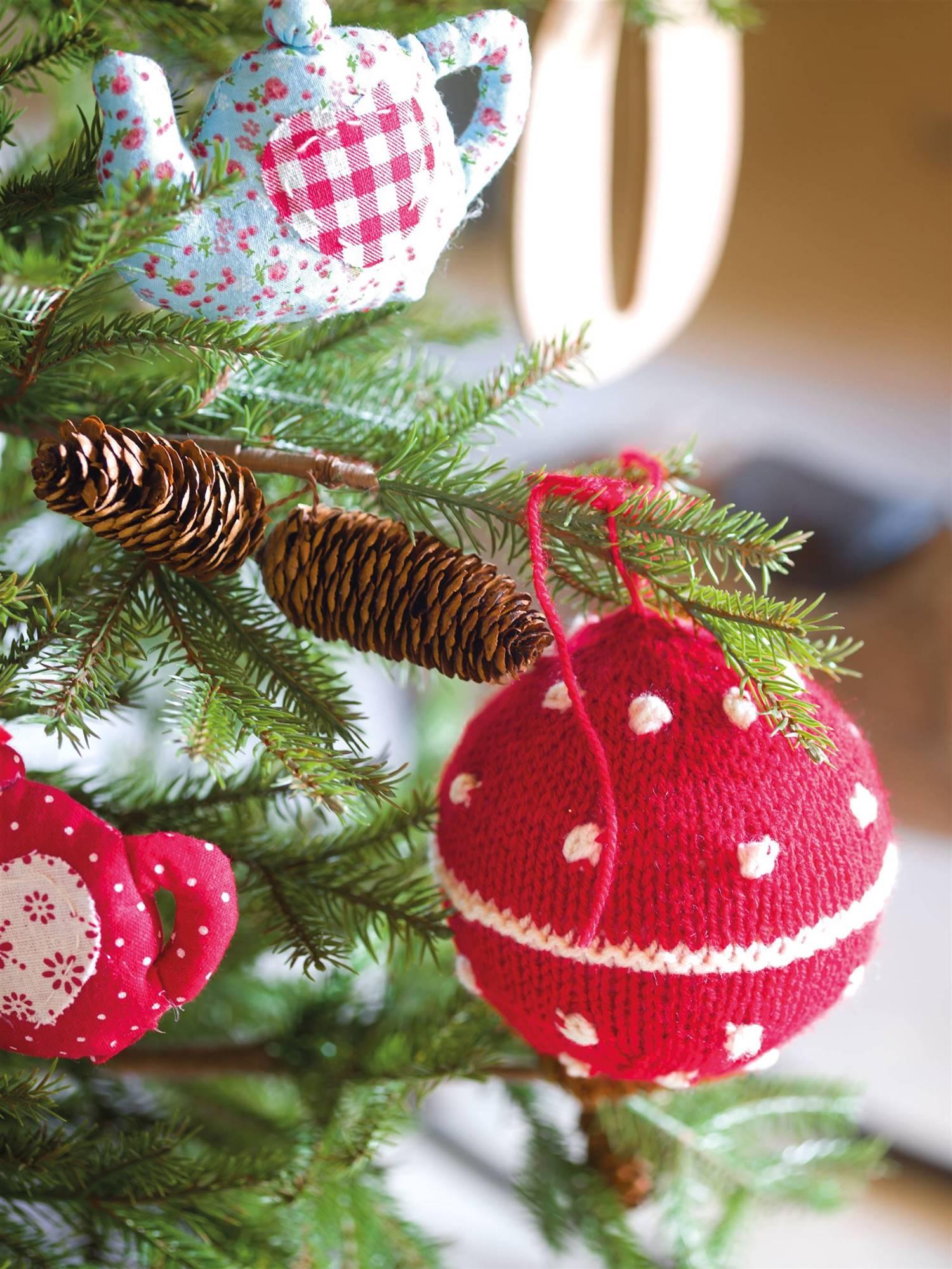 00354154. Bolas de Navidad DIY
