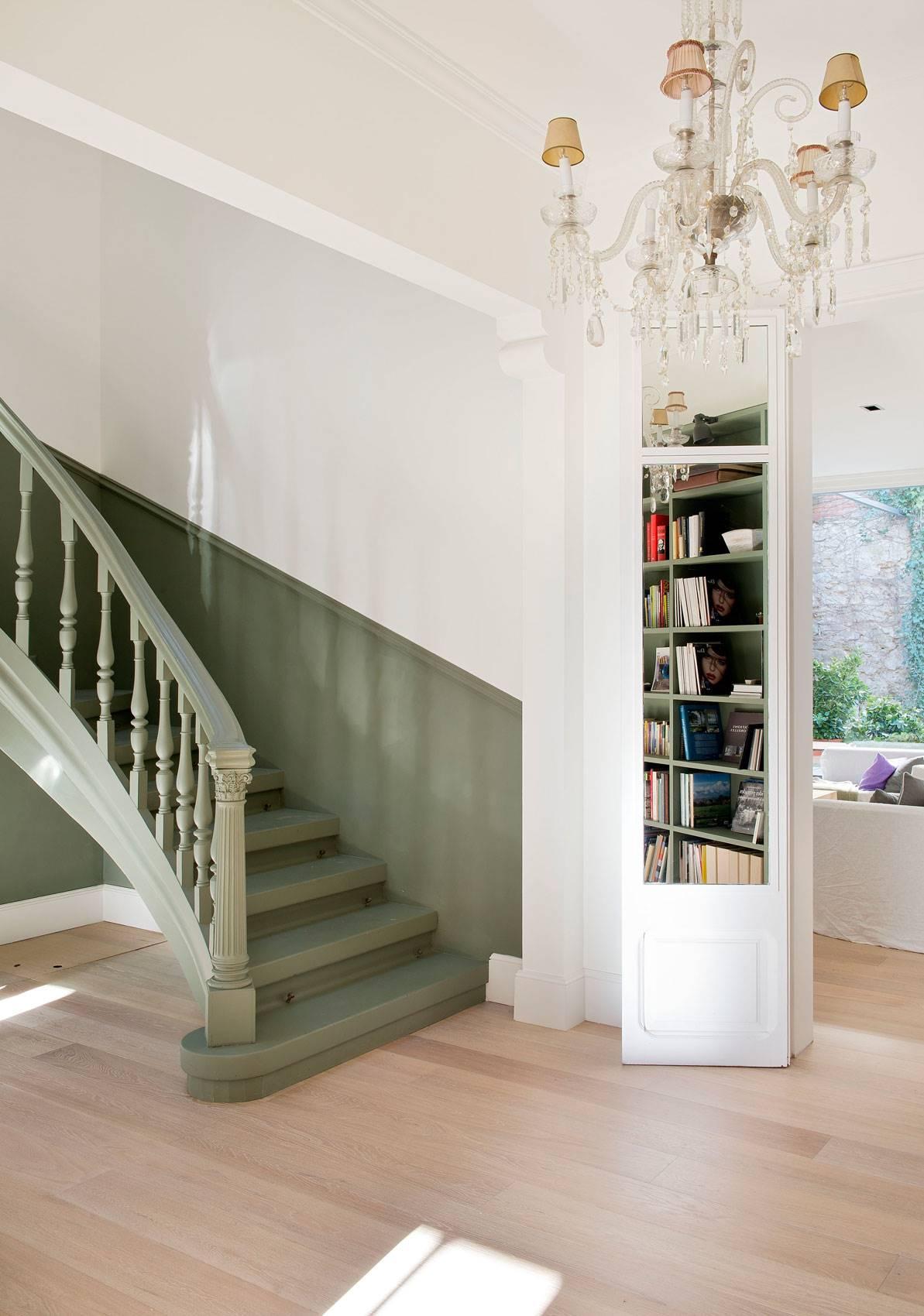 289 fotos de escaleras for Imagenes escaleras interiores