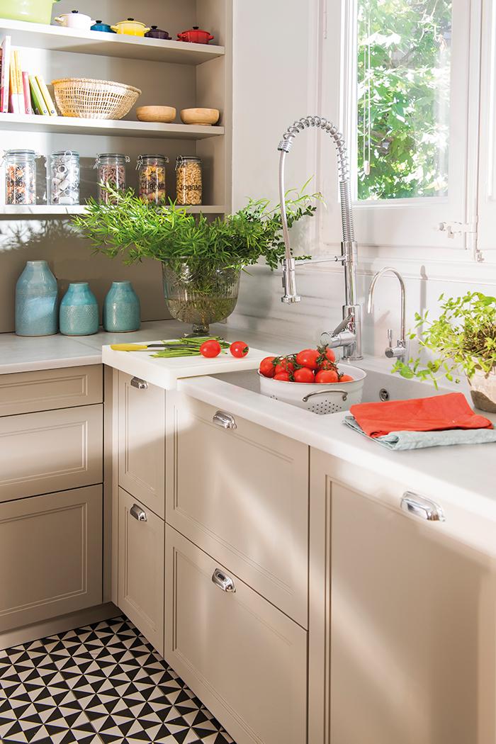 Cu nto cuesta reformar la cocina 3 presupuestos - Grifo extensible cocina ...