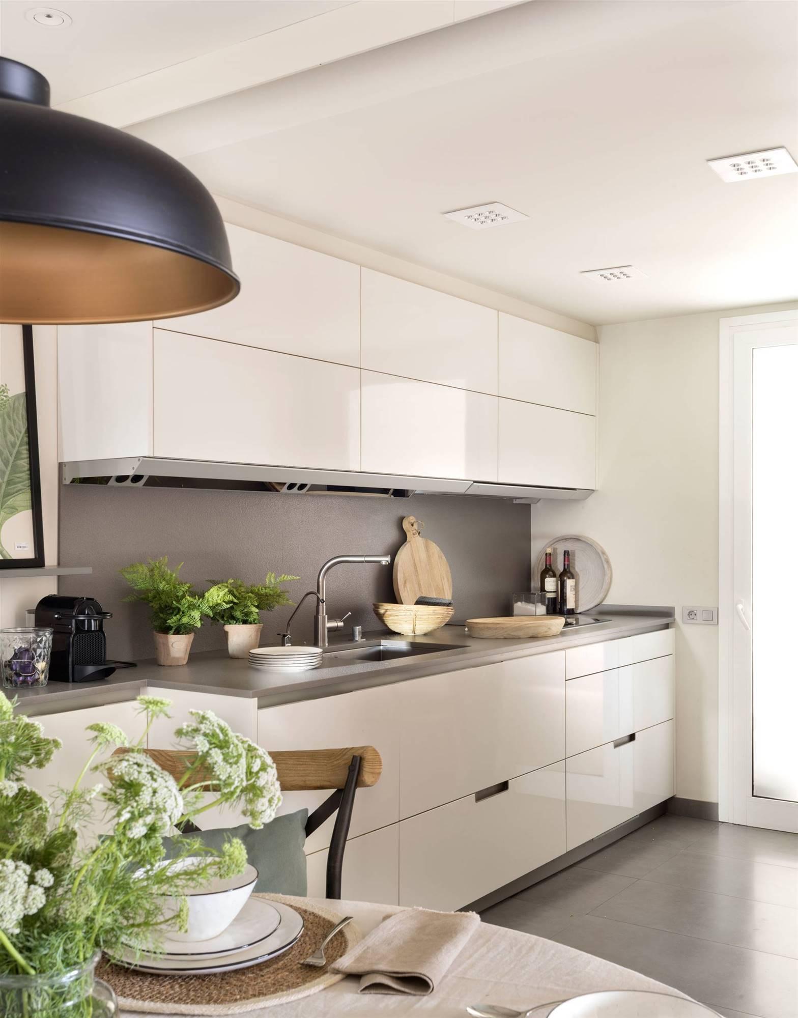 Imilk.info = limpiar muebles cocina blanco brillo ~ Ideas de cocina ...