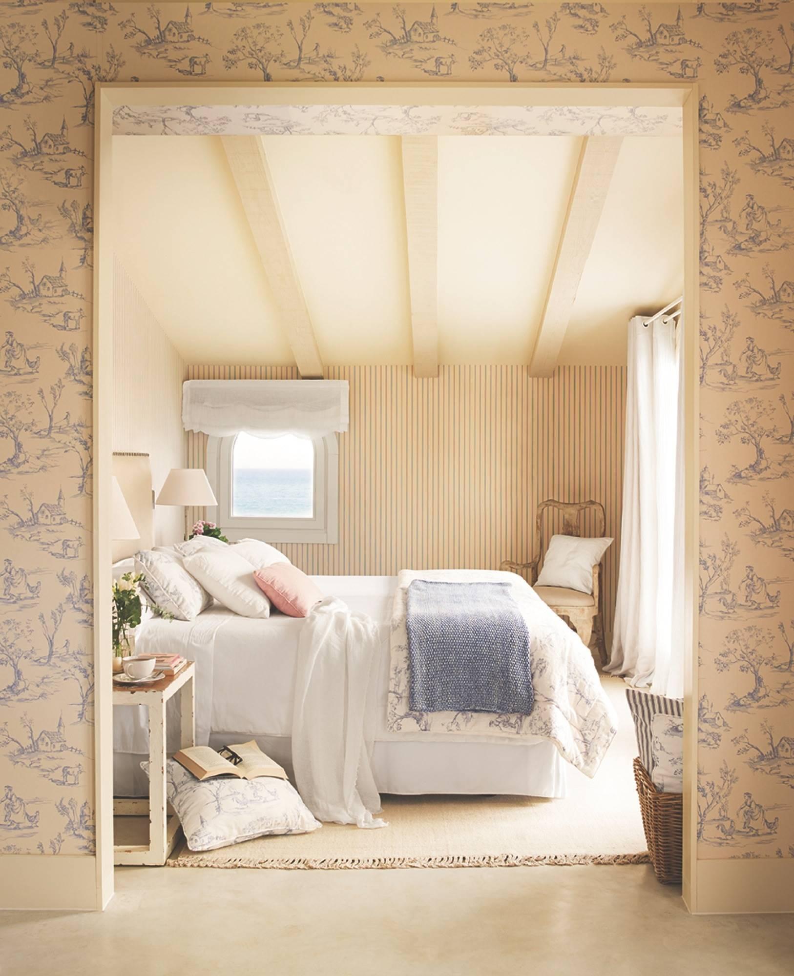 00426483 b9244398. Romantic bedroom
