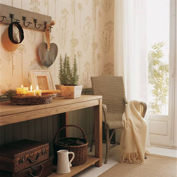 3192aeeef Diez ideas de decoración para preparar tu recibidor para este otoño