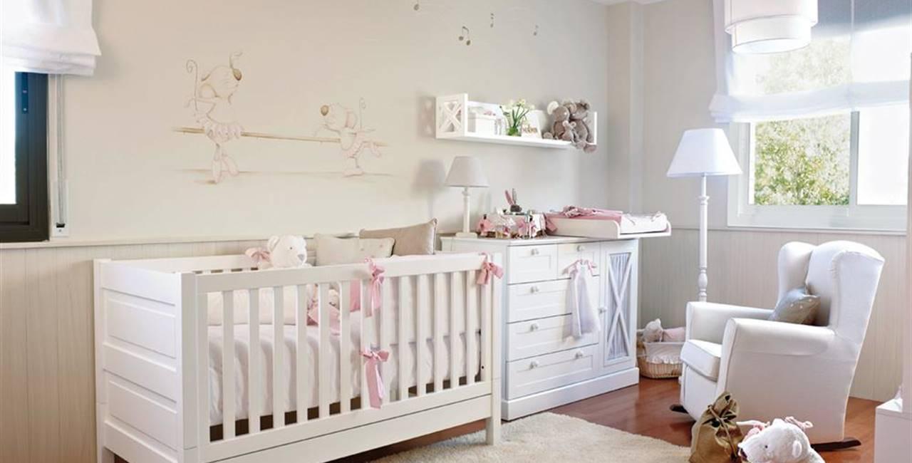 7ba8c86e5 Blanco y rosa para su primera habitación