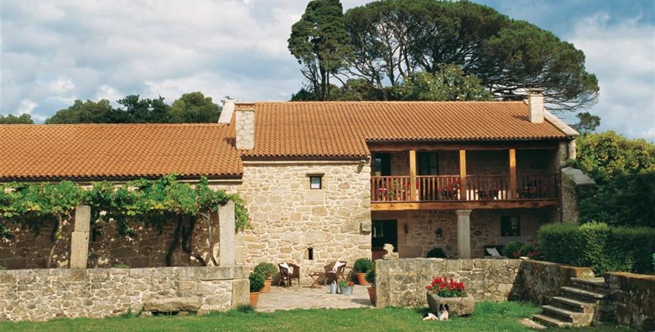 Los exteriores de una casa se orial gallega - Casa tipica gallega ...