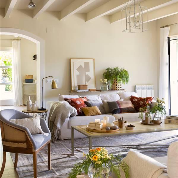 Как восстановить и улучшить свой старый диван