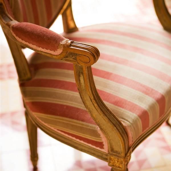 C mo restaurar un mueble antiguo - Restaurar sillas de madera ...