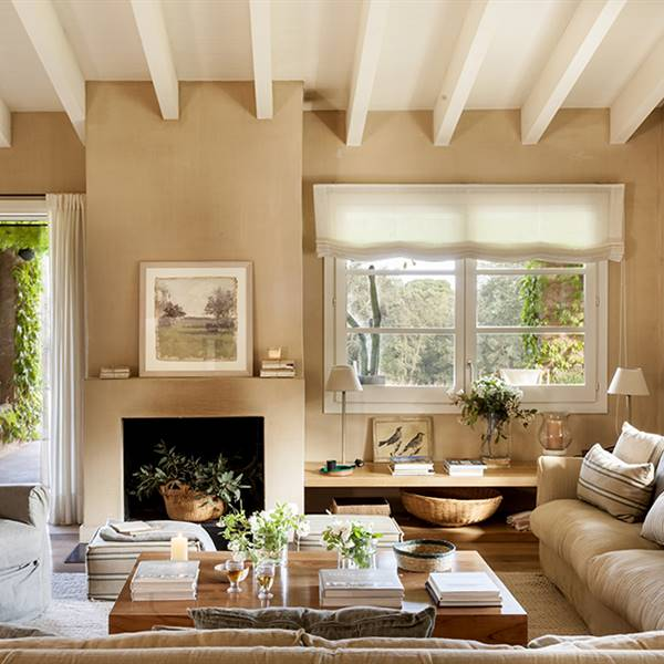 Pintar un salón con muebles claros