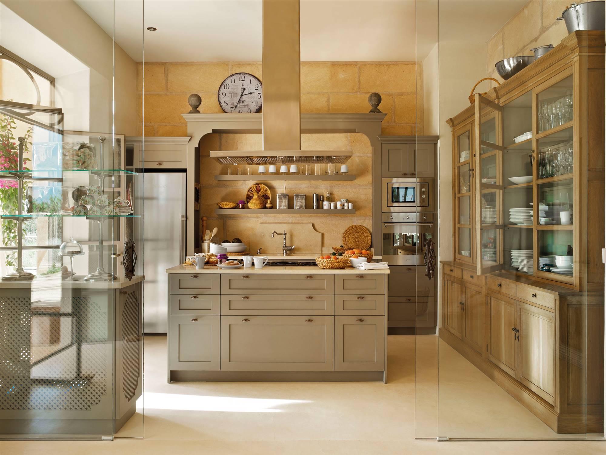 Cocinas clásicas: fotos de cocinas de estilo clásico