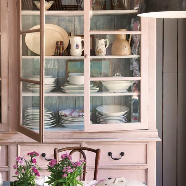 El mueble revista de decoraci n - Muebles decorados a mano ...