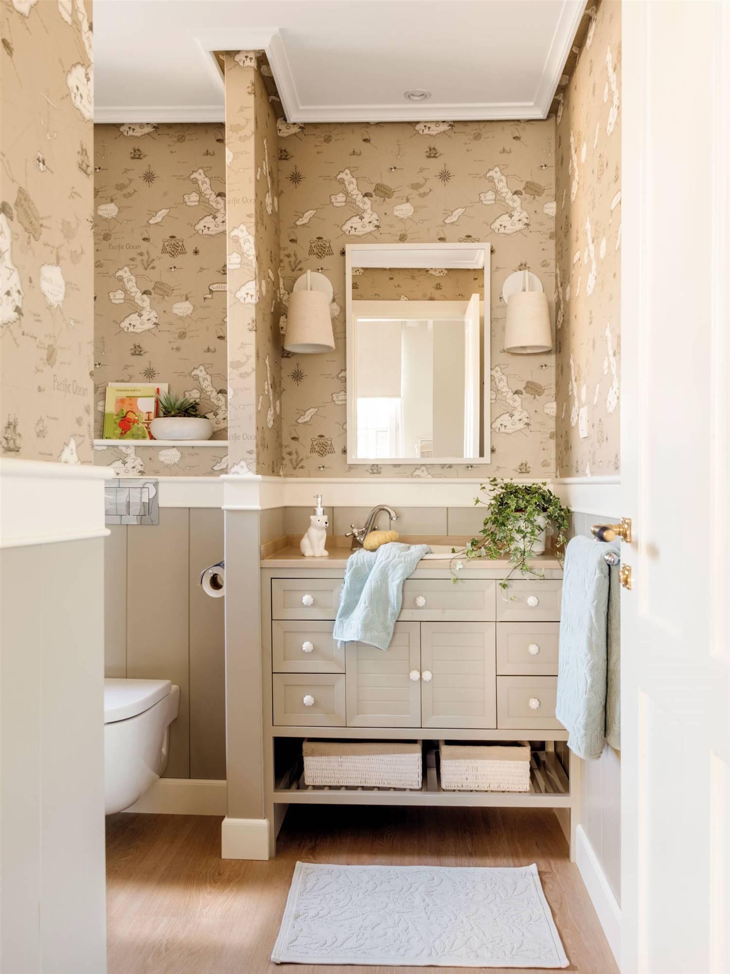 Baño con papel pintado 00489116. Un baño infantil con papel pintado 1c40485a8d29
