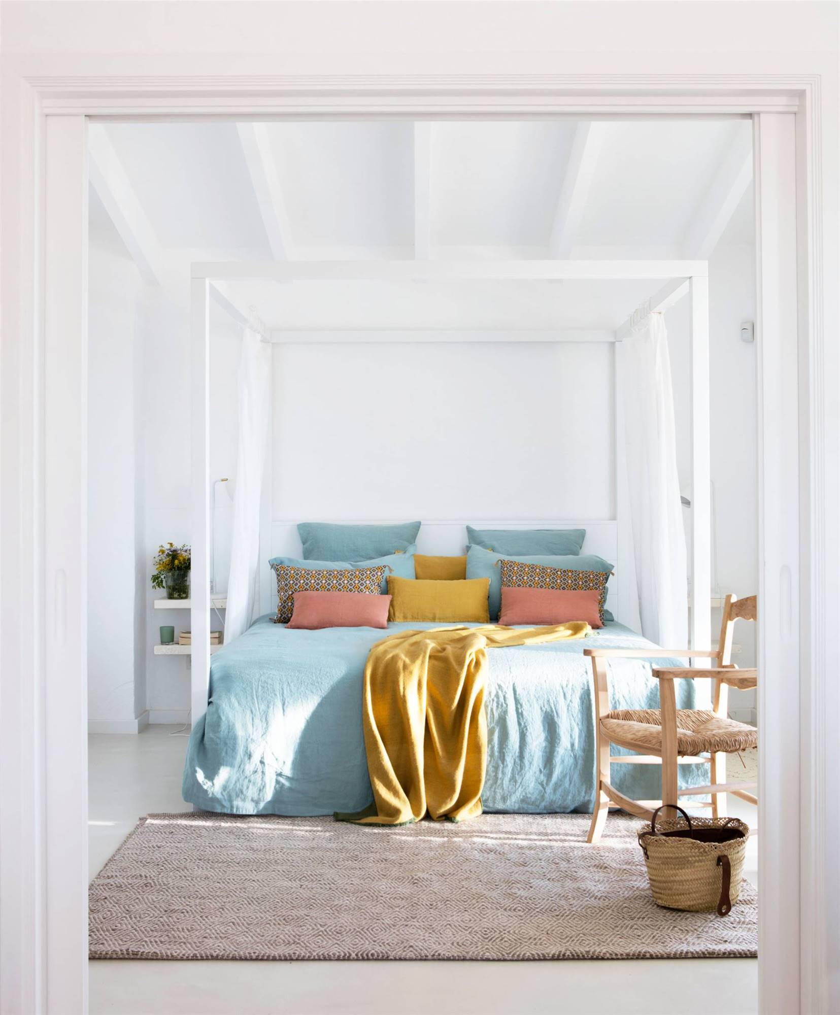 habitaciones grises y blancas Dormitorios Decorados En Blanco