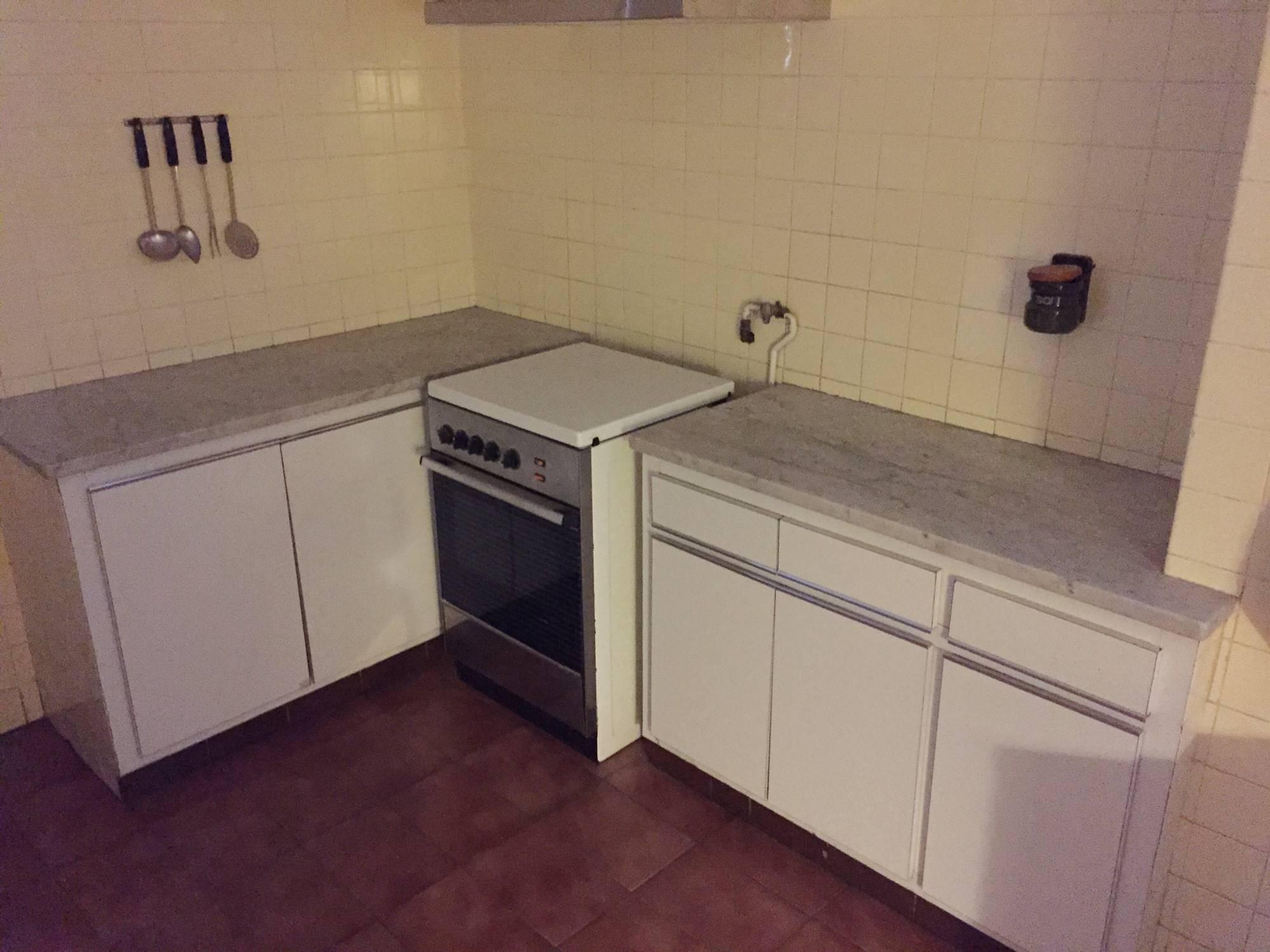 Las mejores ideas de casas reformadas para copiar y sus precios - Precio medio de una cocina ...