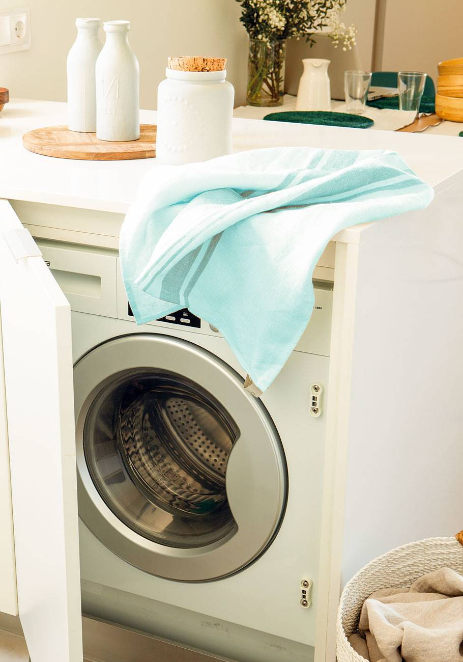 50 washing machine cleaning tricks 442283.  22. But if the rubber is already affected ...