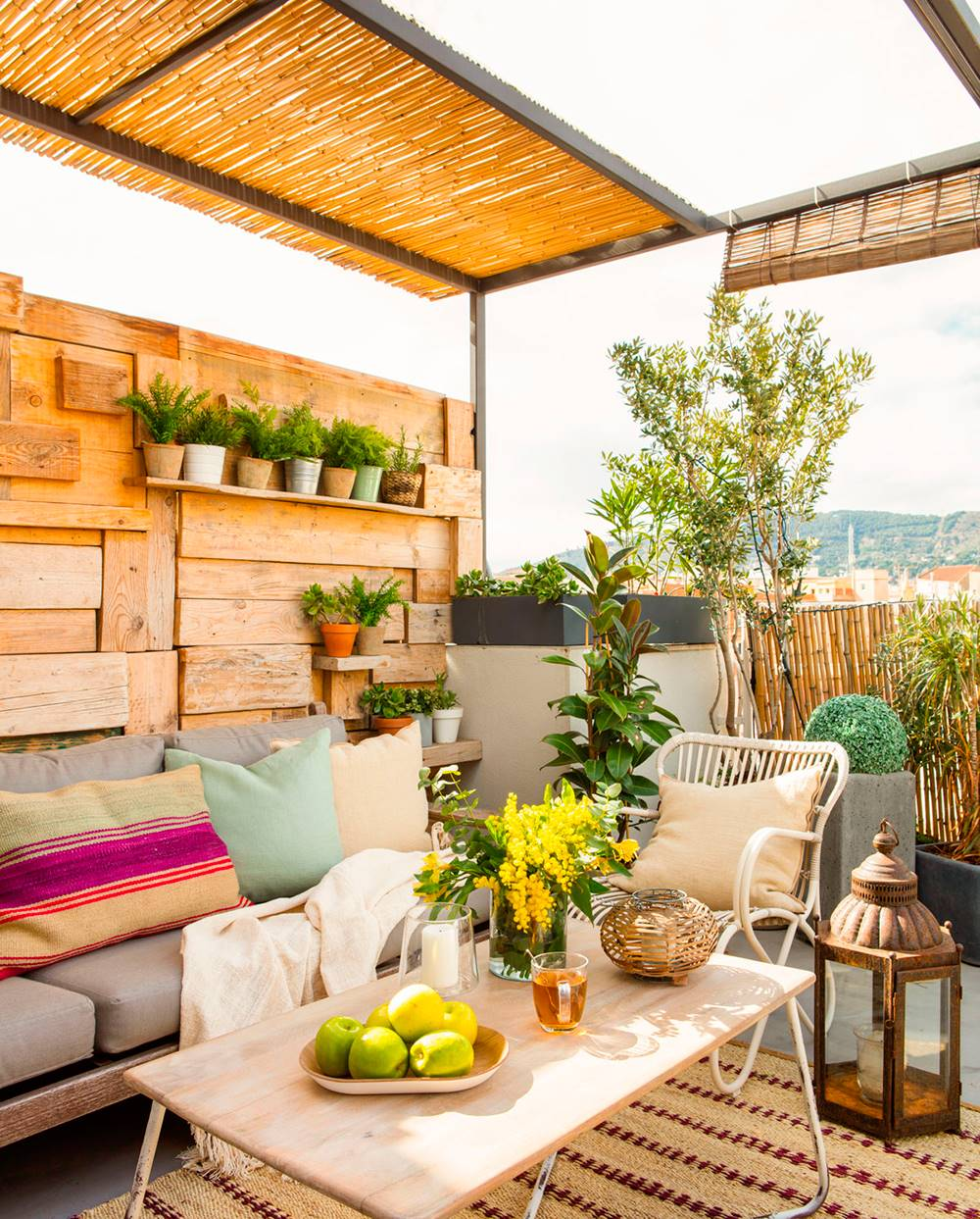 Copia-el-look-terrazas-480668. Después: una terraza muy acogedora y recogida