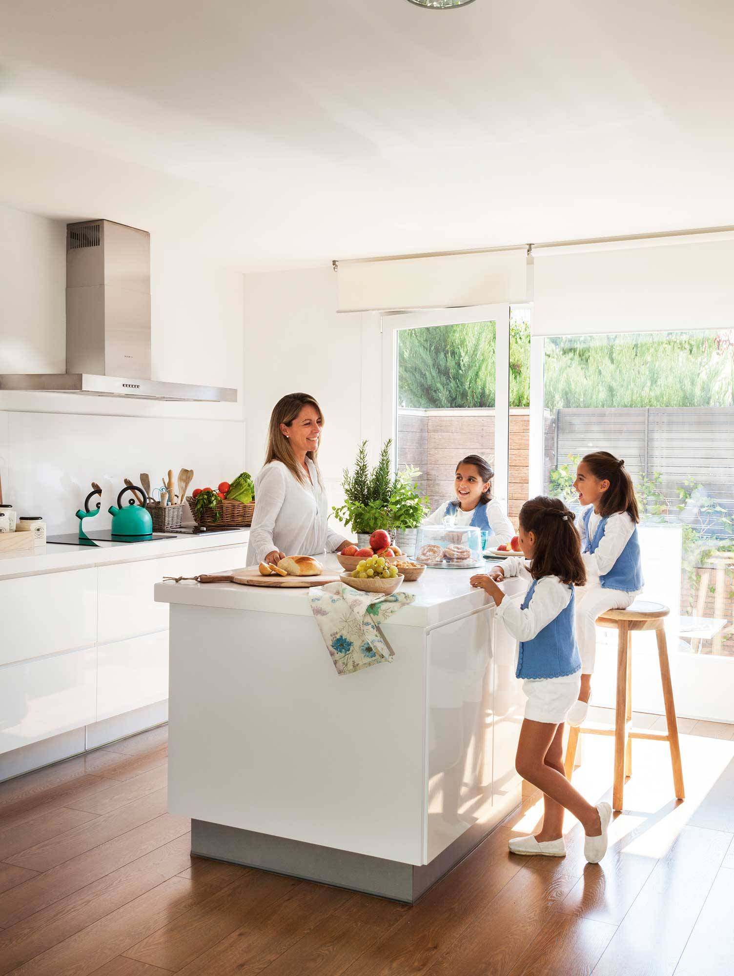 00412797. A kitchen designed for the whole family