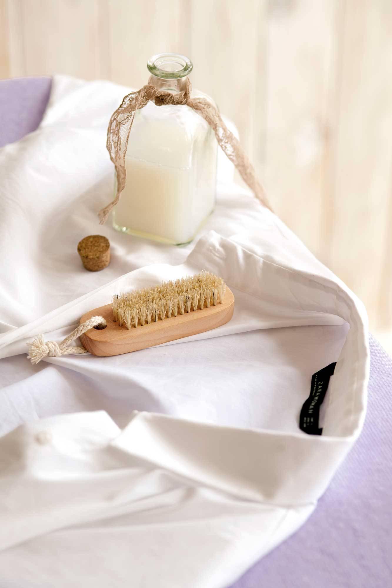 Cómo Lavar Las Camisas Blancas Y Quitar Las Manchas De Sudor