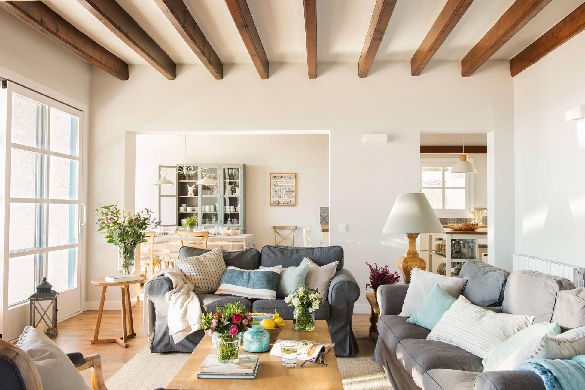 20 salones con sof s de ikea - Alfombras grandes ikea ...