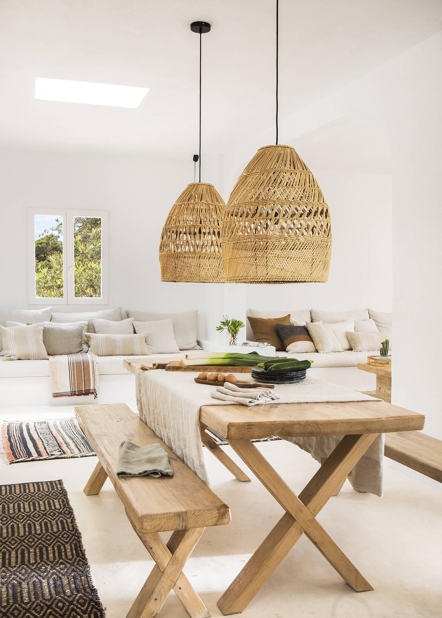 El Mueble Salines Ibiza 510. Un comedor muy natural y desenfadado