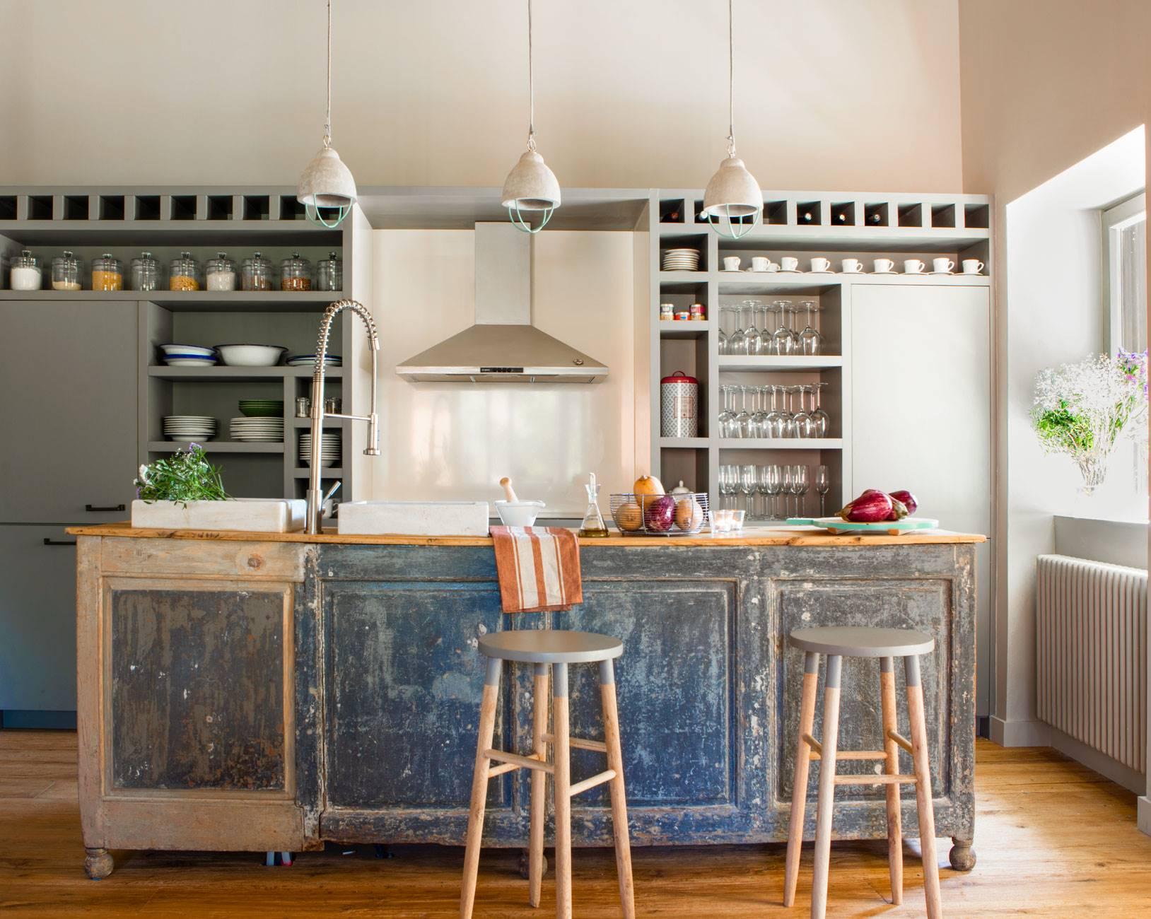 kitchen-with-island-furniture-restored 443284 O. Custom