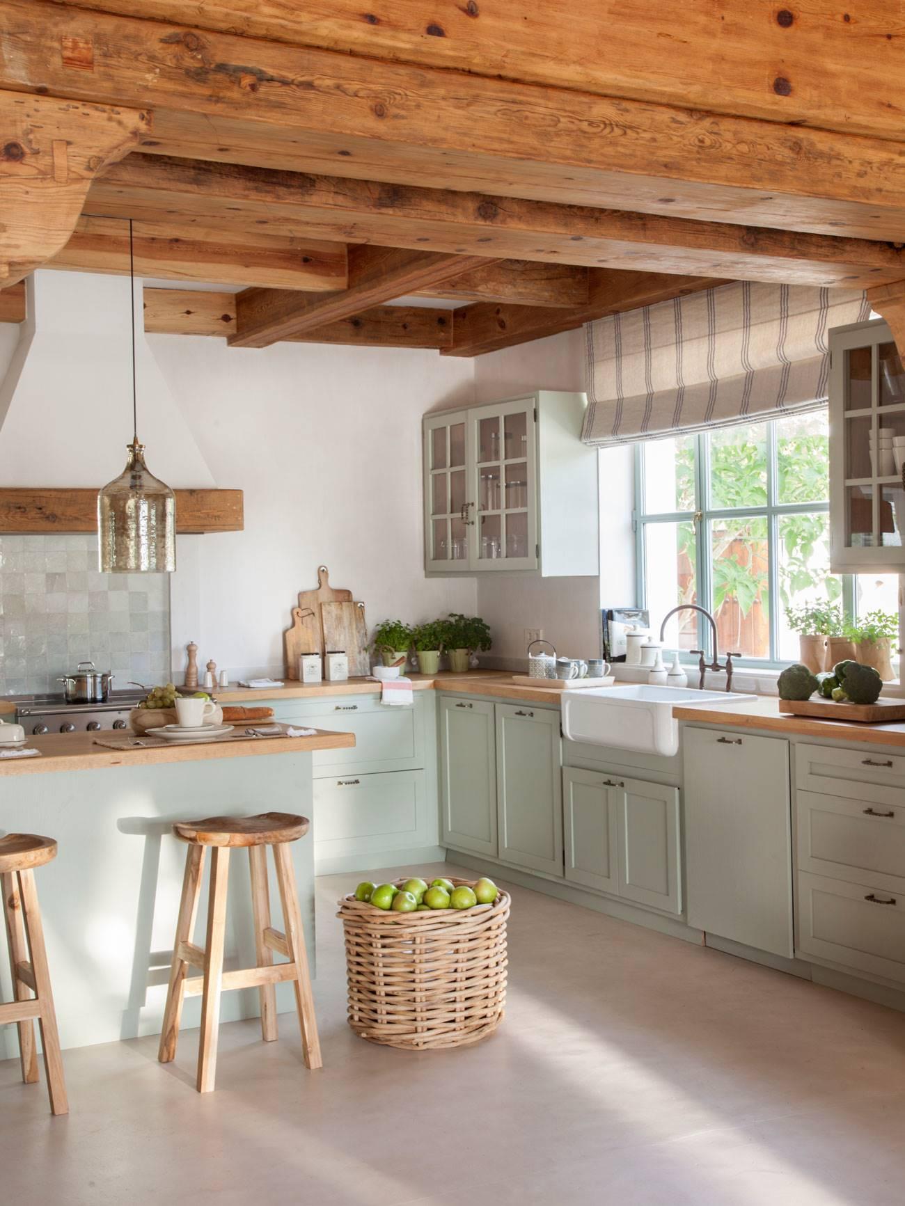 rustic-kitchen-with-green-furniture-mint 480787 O. Verde que te quiero verde
