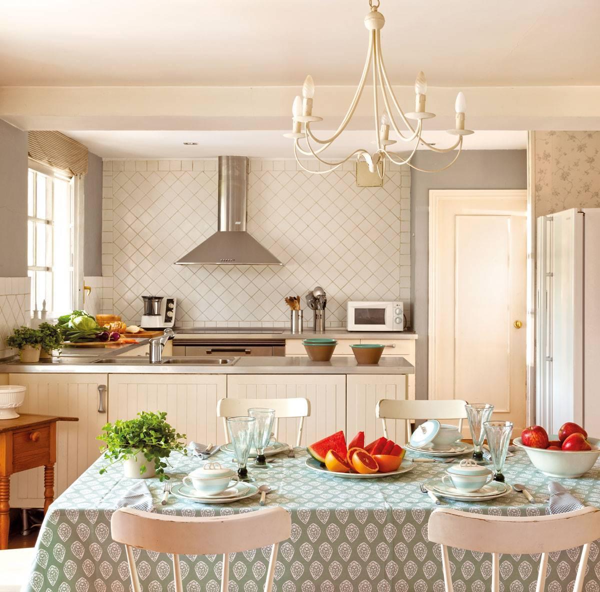 rustic-kitchen-with-tile-backsplash-370308.  Original details