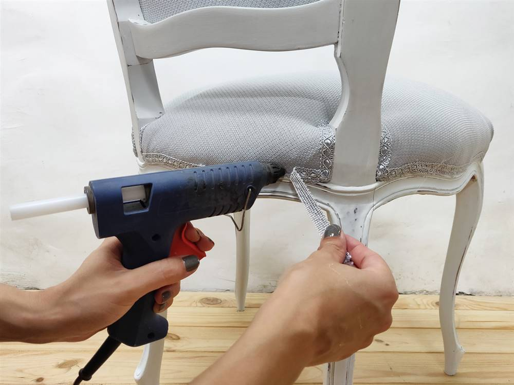 como tapizar sillas facil y economico sin pistola grapas
