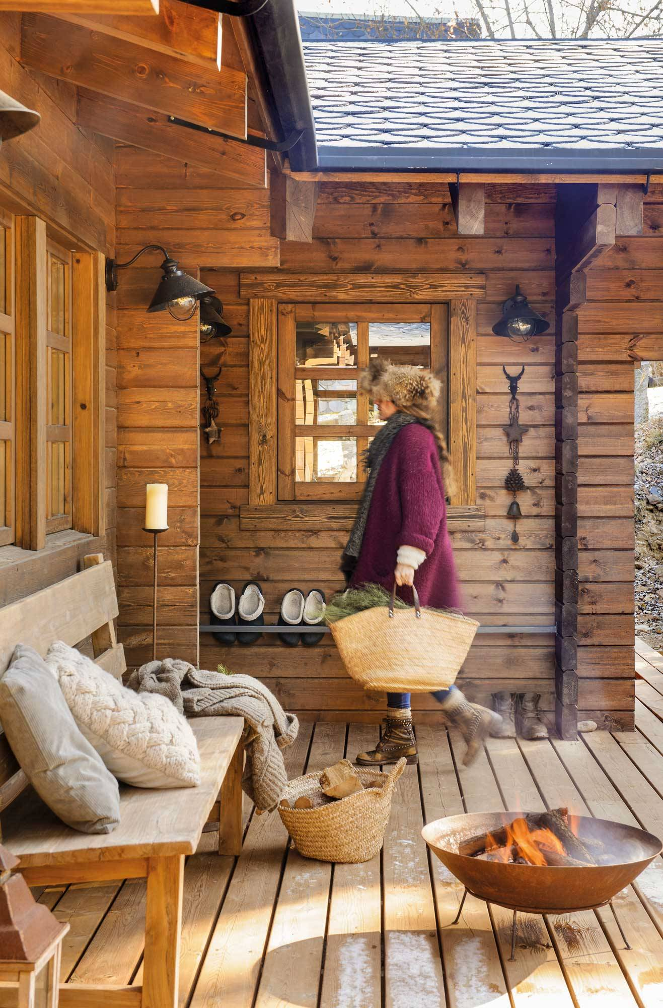 entrance-to-wooden-house-00474715. 10. This cabin is a dream come true
