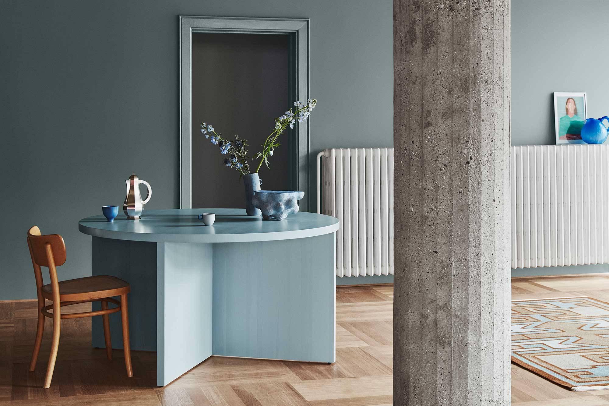 H-Jotun-5490-Serene-Blue. Un azul grisáceo calmado y con carácter