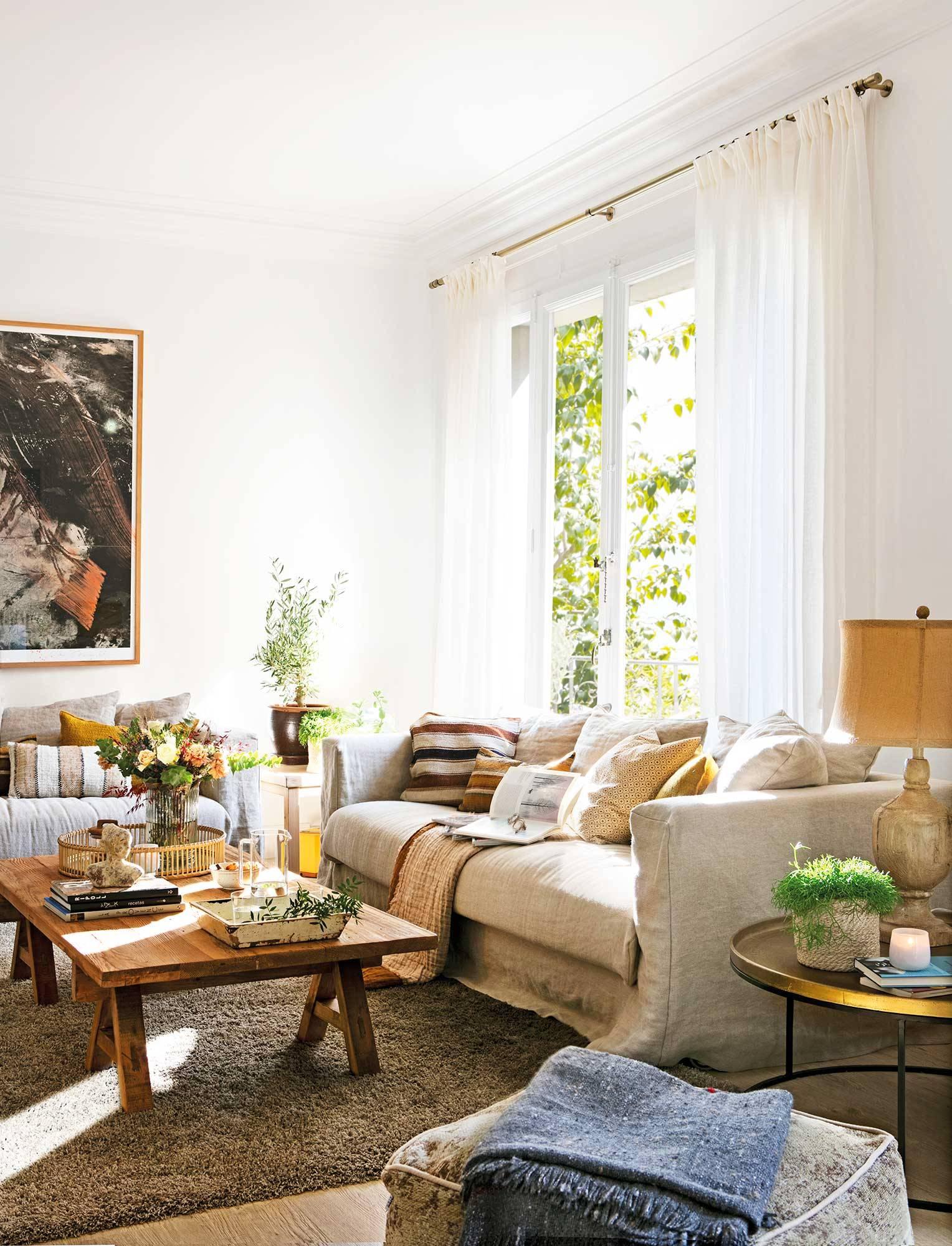 30 combinaciones de alfombra y sofá que funcionan