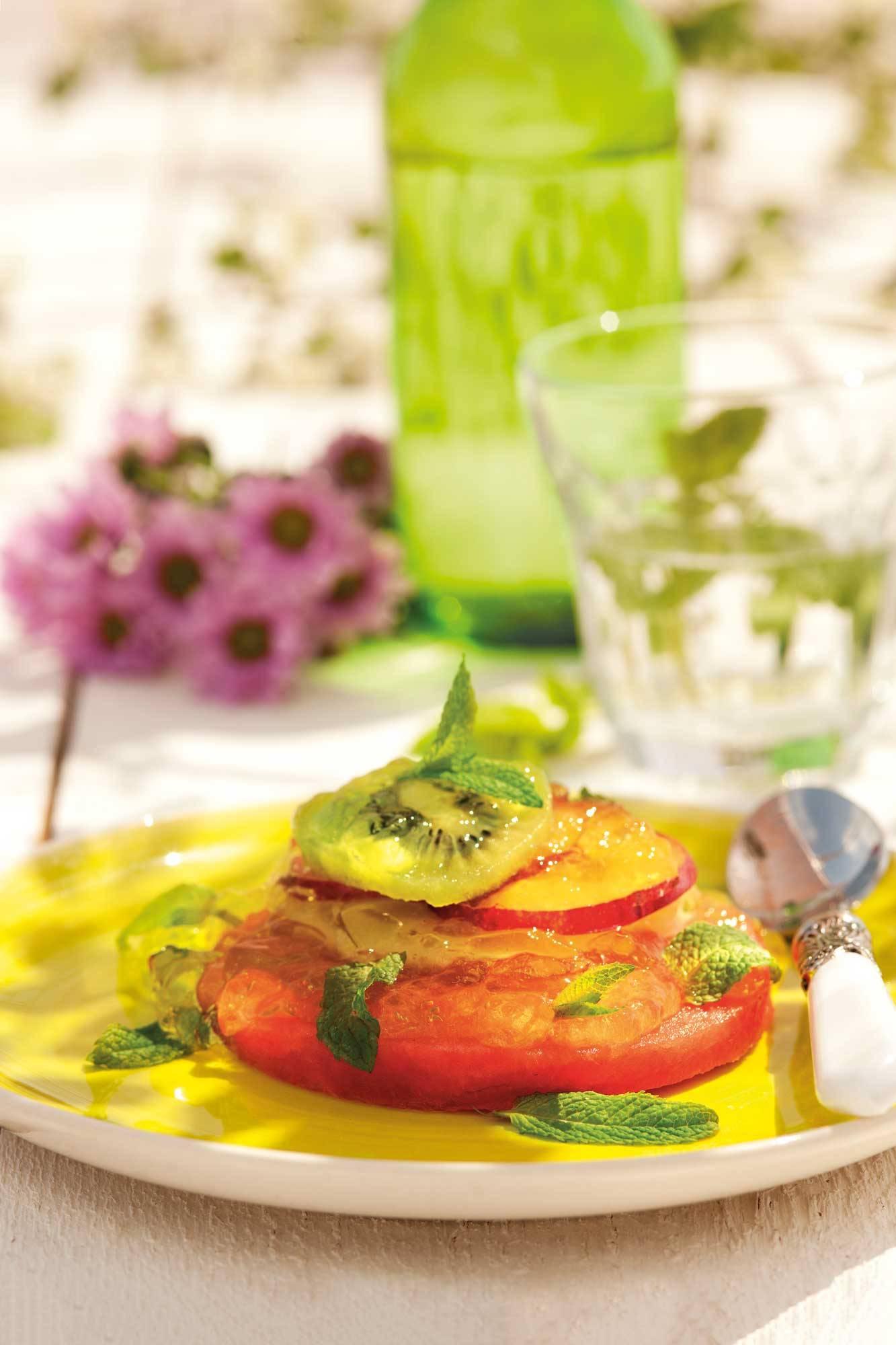 recipes-improve-health-strudel-fruit 00383986