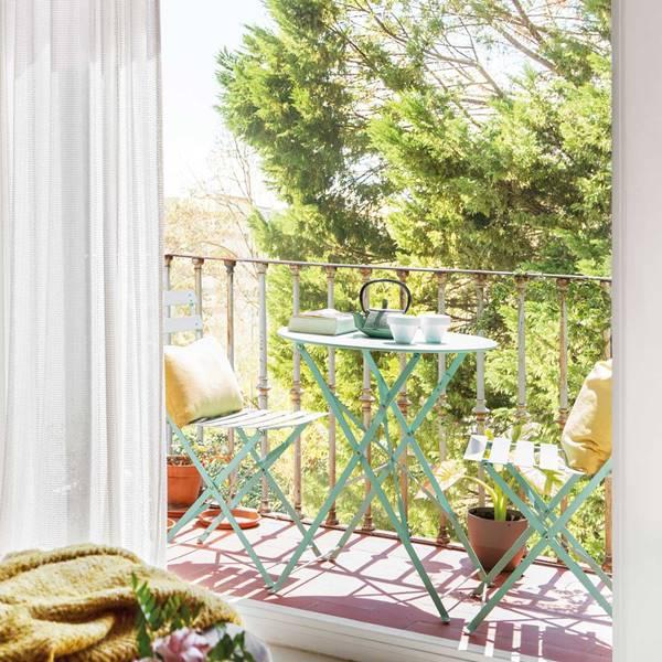 Un Balcón De Revista El Mueble