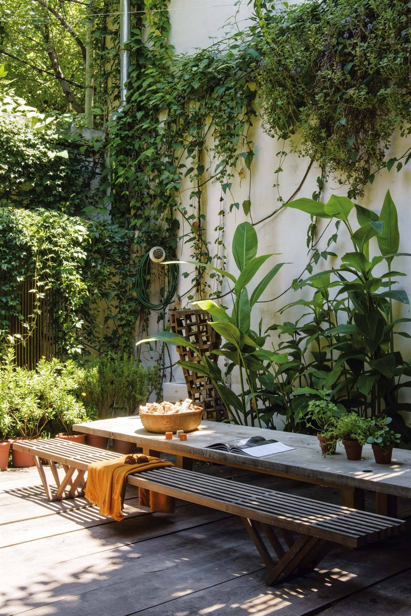 Patios de interior - lanacion. Un patio con intimidad