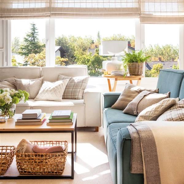 La sala de estar suele ser el espacio más desordenado del hogar