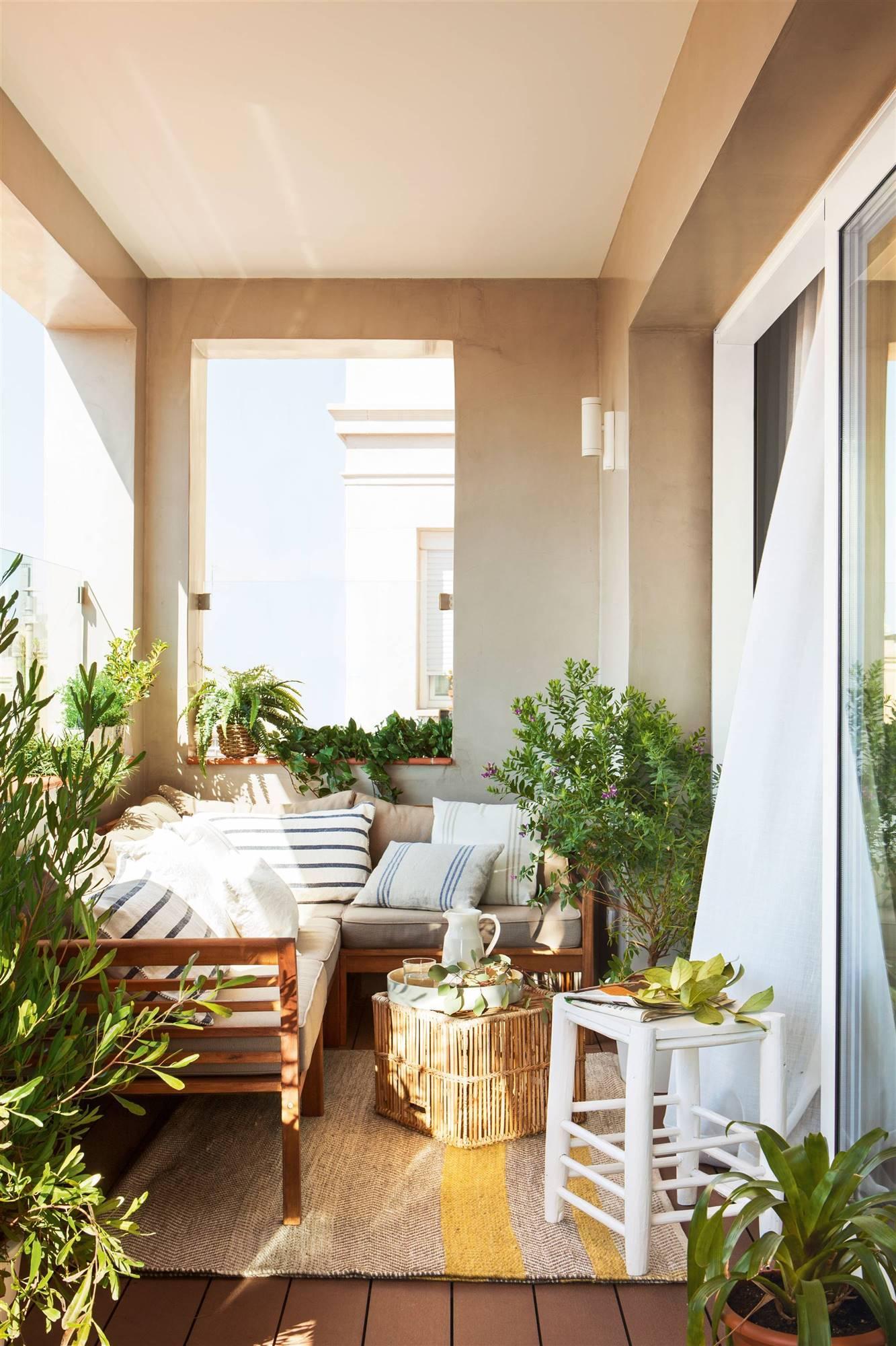 el balcon en la primavera