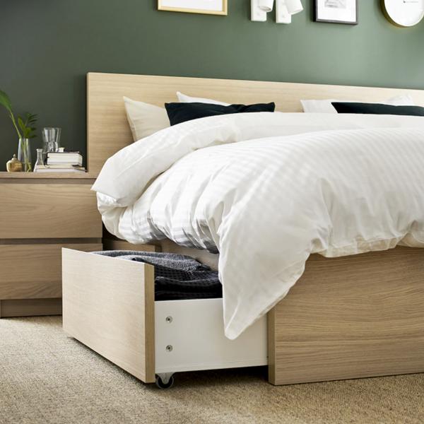 La cama con 4 cajones de IKEA que es como un segundo armario